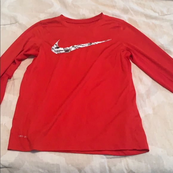 Nike Other - Child's Large dri-fit long sleeve shirt